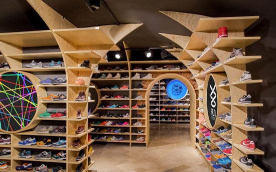 دکوراسیون کفش فروشی