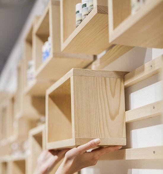 دکوراسیون چوبی مغازه