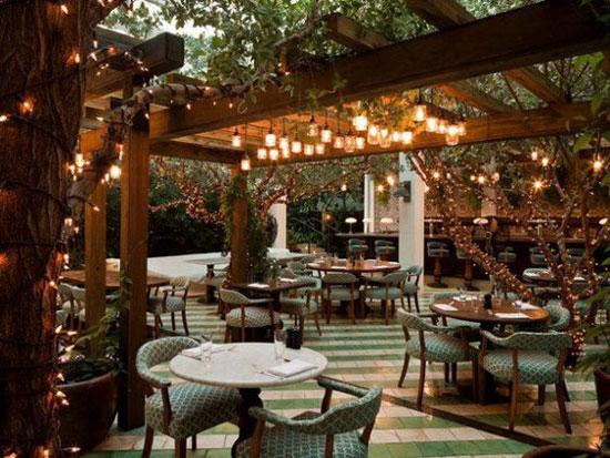 رستوران روف گاردن
