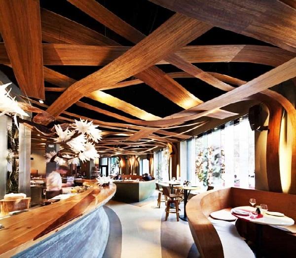 قیمت طراحی دکوراسیون رستوران چوبی