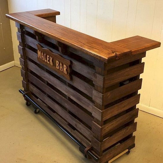پیشخوان چوبی مغازه