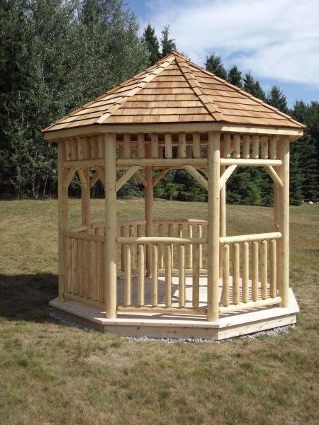آلاچیق چوبی ساده